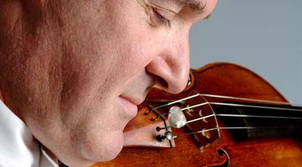 Pinchas Zukerman. © Paul Labelle
