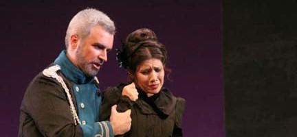 Manuel Mas (Enrico) y Margarida Cloquell (Lucia)