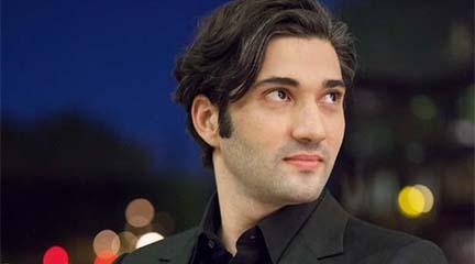 temporadas  David Afkham pone voz a los 'malditos' en su primera temporada como titular al frente de la OCNE