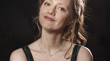 clasica  La pianista Varvara Nepomnyashchaya, de Bach a Mussorgsky en los ciclos de La Filarmónica