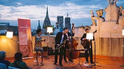 jazz  Las azoteas de Barcelona suenan a música