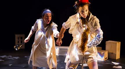 para ninos  Dos Quijotes rinden homenaje a Miguel de Cervantes en la última semana de Teatralia