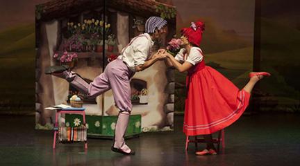 para ninos  Teatro en inglés, rock y danza hip hop en el Centro Cultural Sanchinarro