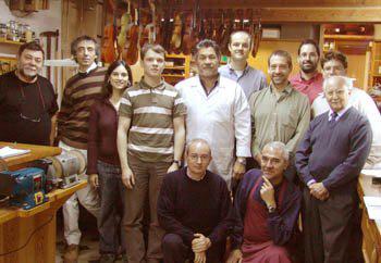 lutheria  El maestro luthier Carlos Arcieri imparte un curso de restauración en Barcelona
