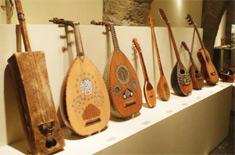 lutheria  Instrumentos musicales de los países mediterráneos