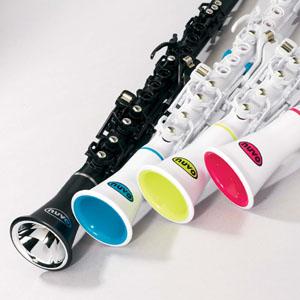 marcas  El Clarinéo, una alternativa al clarinete para los niños