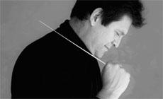 internacional  Manuel Hernández Silva al frente de la Sinfónica de Wuppertal