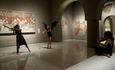 contemporanea danza  Sol Picó recorre el Museu Nacional dArt de Catalunya con Lágrimas de Ángel