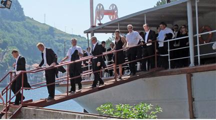 notas  LA Orquesta de Euskadi renueva la imagen mirando al mar