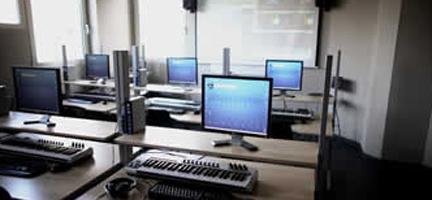 informatica y electronica  Jornada de puertas abiertas en Microfusa