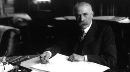 notas al reverso   De Worcester a Wroclaw. Sir Edward Elgar, el gesto apacible, el tormento oculto