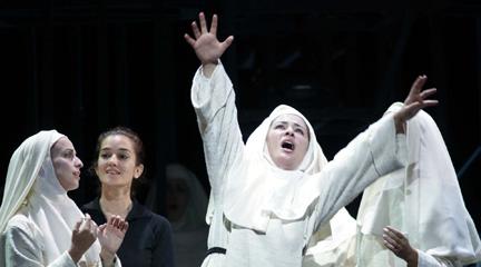 siamo forti  La tortura como esperanza de la ópera
