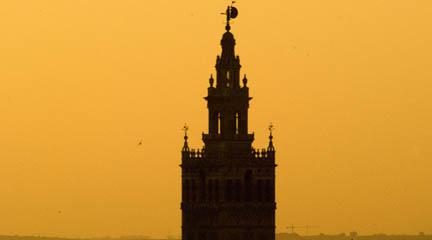 lirica  Sevilla es una ciudad de ópera