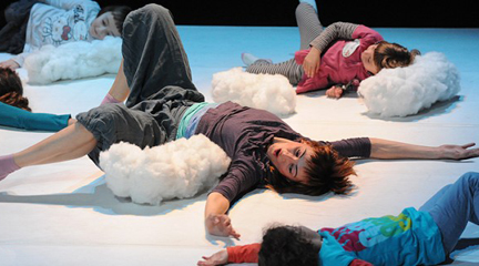para ninos  Danza, teatro, magia y circo en la Casa Elizalde