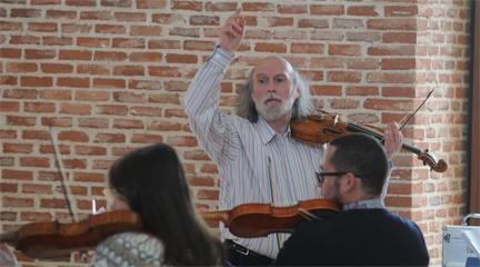 siamo forti  Una orquesta barroca para el Centro Conde Duque y otras cosas imposibles