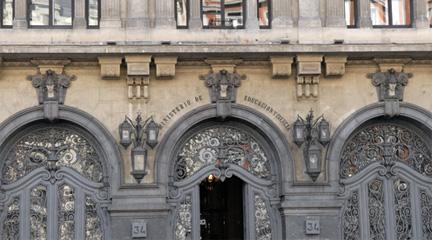universidad  El Ministerio de Educación degrada las enseñanzas artísticas