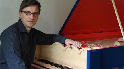 entrevistas  Sławomir Zubrzycki, autor de la Viola organista