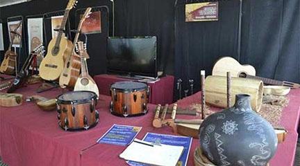 lutheria  Inaugurada ayer la primera Feria Nacional de Luthiers en Buenos Aires