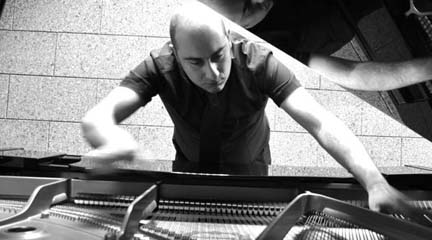 contemporanea  La Real Filharmonía de Galicia estrena una obra del compositor gallego Juan Eiras