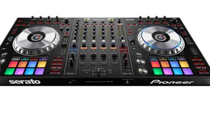 tiendas  Demo Session de una controladora para DJ en Microfusa Barcelona