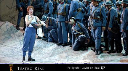 critica madrilena  El mundo al revés. La Fille du régiment en el Teatro Real