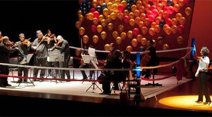 para ninos  Músicos de la Orquesta Nacional de España ponen a los pequeños espectadores Entre las Cuerdas