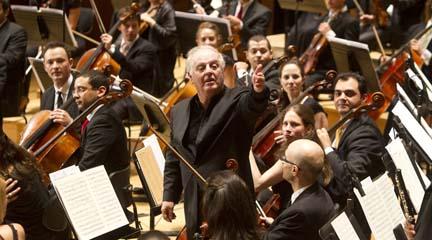 clasica  Doce Notas te invita al concierto de la West Eastern Divan Orchestra con Daniel Barenboim