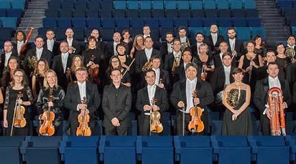 clasica  La Orquesta de Extremadura recibe a Josep Caballé y Asier Polo