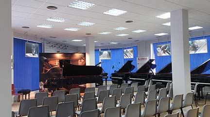 instrumentos  Nuevo Shigeru Kawai Center, para los pianistas que buscan la excelencia
