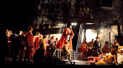 lirica  Rigoletto llega al Teatro Real en una producción de la Royal Opera House de Londres