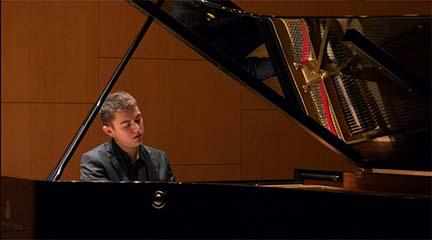 clasica  Recital de música francesa con Edgar Cardoso al piano