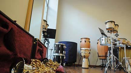 instrumentos  Campaña de educación postural para evitar lesiones en los jóvenes músicos