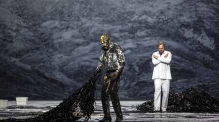 lirica  Moses und Aron en versión escénica llega por fin al Teatro Real