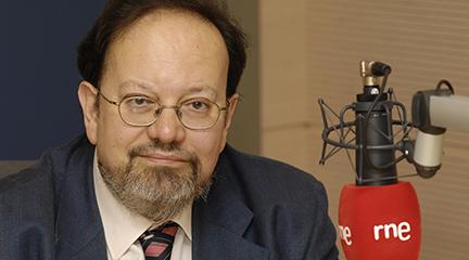 siamo forti  José Luis Pérez de Arteaga, la voz, el cuerpo y la presencia