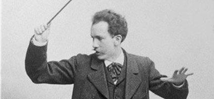 Richard Strauss dirigiendo. Weimar, c. 1890. Cortesía FJM
