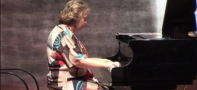 novedades  La pianista Teresina Jordà rinde homenaje a Gloria Fuertes