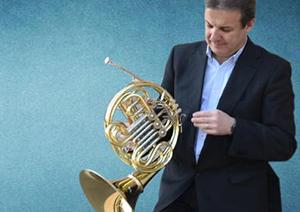 novedades  El trompista Paco Rodríguez presenta su último disco Horn Dimension
