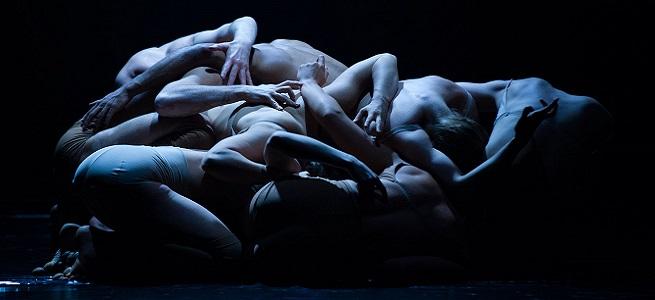 contemporanea danza  La Iceland Dance Company baila en el Teatro Arriaga sobre un mundo industrializado con Black Marrow