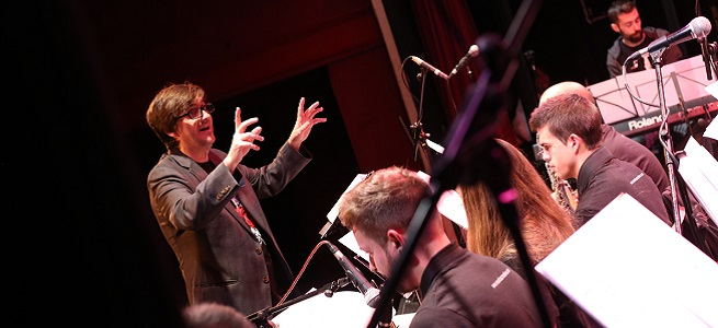 actualidad de centros  Concierto de la Creativa Big Band dentro del Espacio Abierto
