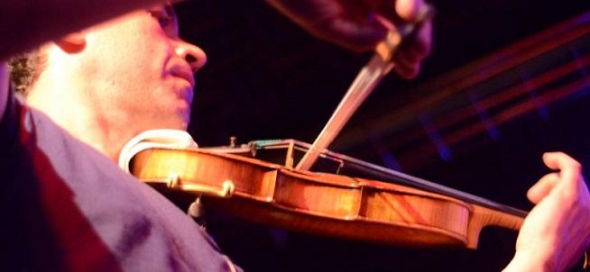 becas  XI Convocatoria de Becas Fundación Música Creativa para el curso 2018 19