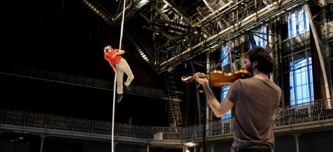 contemporanea danza  Los Teatros del Canal presentan Le Vide essai de cirque, espectáculo inspirado en el mito de Sísifo