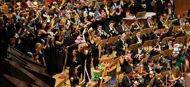 para ninos  La Orquesta Metropolitana de Madrid y el Coro Talía llevan los juguetes al Auditorio Nacional de Música
