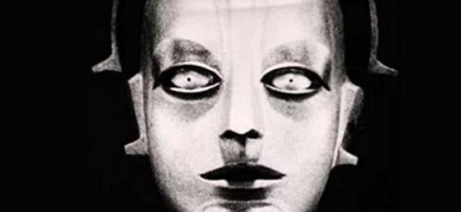 notas  La BOS interpreta en directo la música de Metrópolis sobre la proyección de la mítica película de Fritz Lang