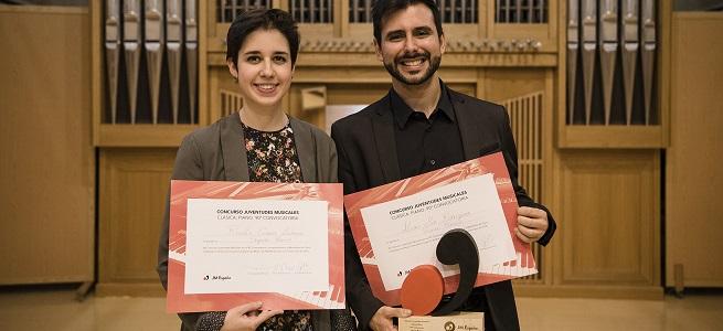 premios  Los pianistas Álvaro Mur y Rosalía Gómez, primer y segundo premio del 90º Concurso Juventudes Musicales