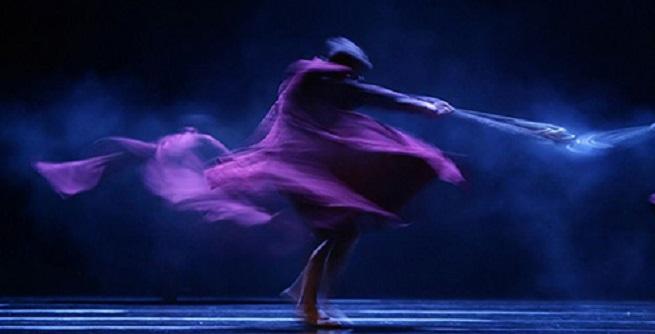 contemporanea danza  La CND baila coreografías de Nacho Duato, Jirí Kylián e Itzik Galili en el Teatro de la Zarzuela