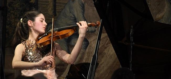 internacional  La violinista María Dueñas debuta como solista en el Musikverein de Viena