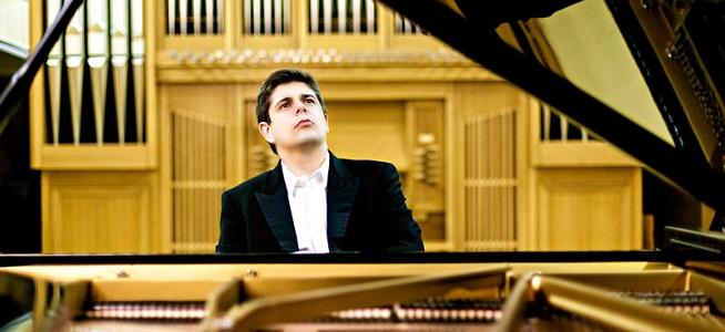 clasica  Javier Perianes viaja alrededor de Falla y Debussy en Veranos de la Villa