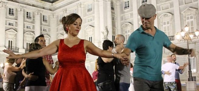 festivales  Los Veranos de la Villa invitan a bailar en la calle