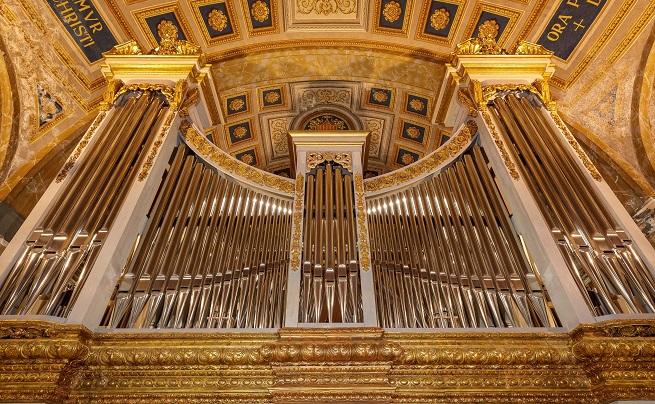 instrumentos  Nuevo órgano en la Basilica de La Mercé del maestro Gerhard Grenzing