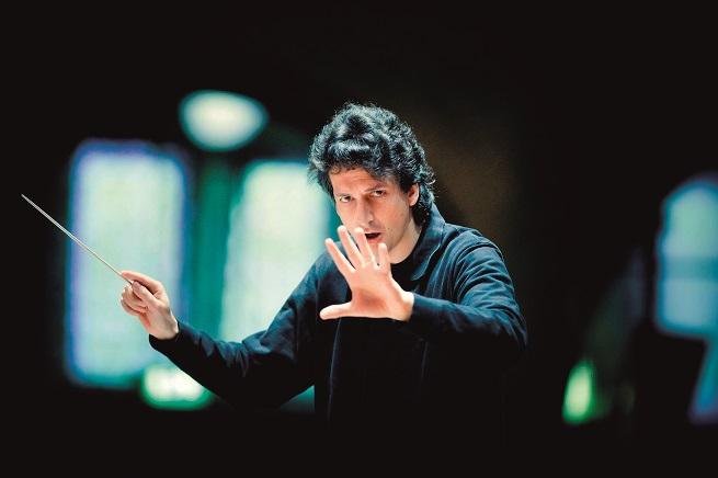 clasica  Michael Sanderling dirige La consagración de la primavera de Stravinski en su debut con la OFGC